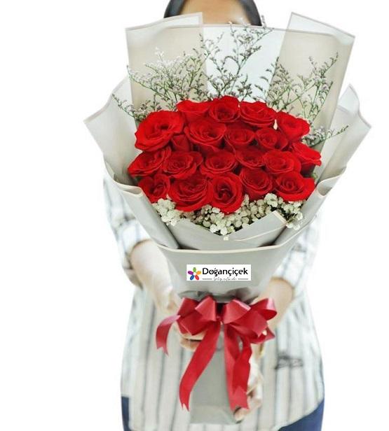 30Kırmızı Gül Çiçek Buket